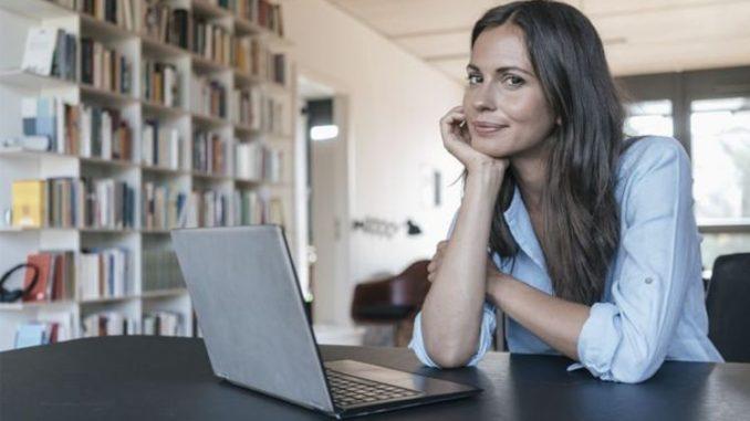 10 Best Laptops Under £300 In 2021